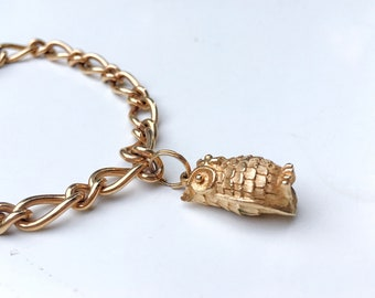 Vintage Avon Gold Tone Owl Charm Bracelet Link Bracelet