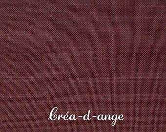 Canvas embroidery in dark red linen 45x40cm 12fils/cm