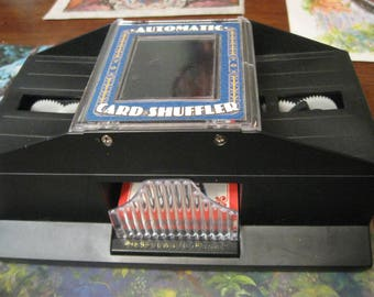 Vintage automatic card shuffler