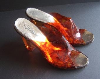 Vintage Life Stride Size 8 1/2 AA - Amber Acrylic Heels