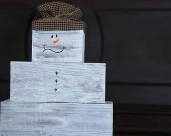 Primitive wooden snowman ~ Farmhouse Christmas Snowman decor ~ Rustic Snowman ~ Holiday Decorations