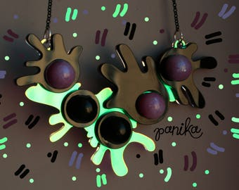 PANIKA pink ball necklace / statement holographic necklace / laser cut acrylic necklace / fluorescent