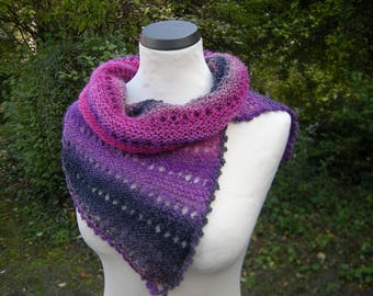 Collar, loop, scarf, infinity shawl, knitted, lace collar, berry