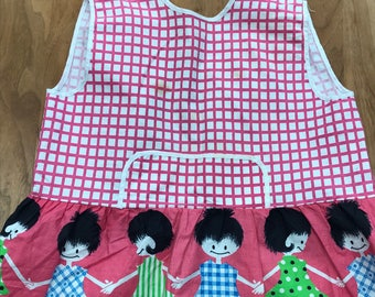 Adorable pink check vintage girls apron pinafore 2 - 4 years