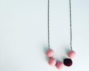 Southport Felt Necklace - Rose Pink / Burgundy