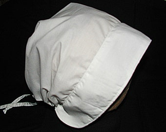 Girl's Simple White Historical Bonnet