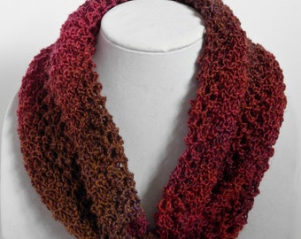 Lightweight Merino Neck Warmer and Necklace