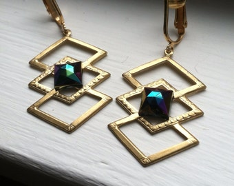 Geometric Dangle Clip On Earrings / West German AB Pyramid Cabochon Clip Earring / Layers