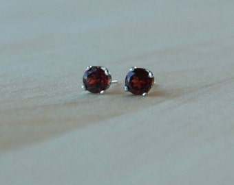5mm Garnet Argentium Silver Earrings - Nickel Free Hypoallergenic Stud Earrings