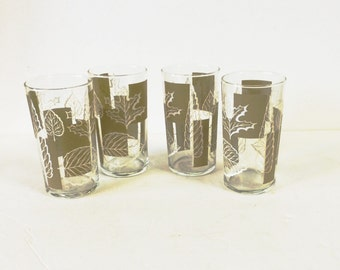 Set of 4 Mid-Century Green and White Libbey Drinking Glasses Fall Leaves Motif