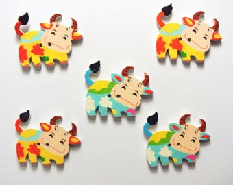 LOT 5 wood buttons: cow 34 * 27mm (04)