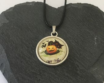 Halloween black cat necklace / black cat jewellery / cat jewellery / Halloween jewellery / Halloween gift