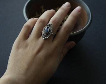 Silver labradorite filigree ring,silver filigree classic ring, silver ring ornament,ring blue labradorite stone,romantic silver ring for her