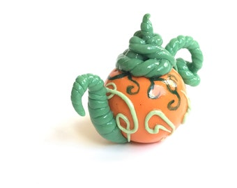 Teapot - 1/12 scale handmade miniature