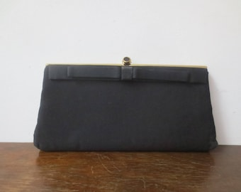 Vintage '50s Black Rayon Evening Bag w/ Satin Bow Detailing, Champagne Satin Lining & Gold Snake Chain Handle
