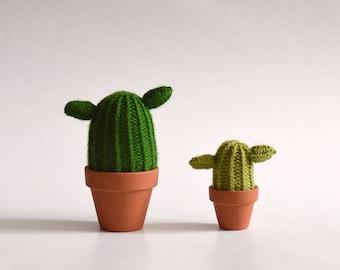 Yoda - Cactus made of wool - knit, handmade, interior design, textile, green art, plant eternal