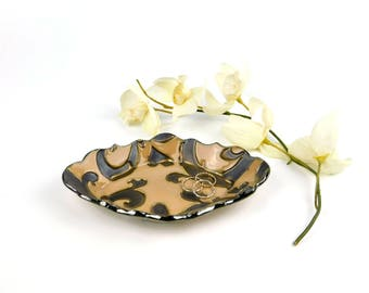 Small dish, ceramic tray, snack plate, swirl pattern, beige and bronze, jewelry dish, soap dish, sponge dish, spoon rest