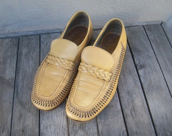Mens Italian leather loafers / 70s loafers / buff buttery yellow / woven leather huarache loafers / mens 8 9