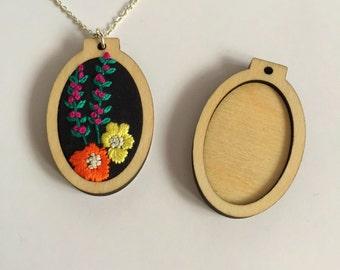 2 x Oval mini embroidery hoops