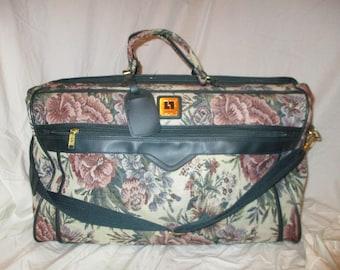 Vintage Leisure tapestry large travel duffel bag