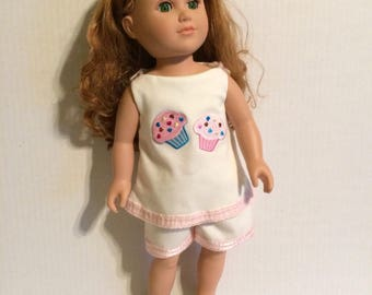Cupcake doll outfit