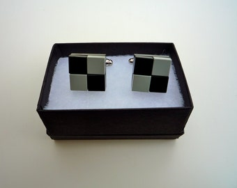 Cufflinks, chequered, in a variety of colours using  shiny flat Lego® tiles