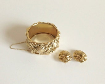 Mid Century WHITING AND DAVIS Bracelet & Earring Set Chunky Gold