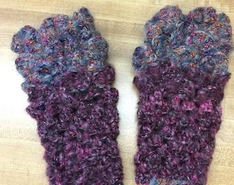 Dragonscale crochet fingerless gloves
