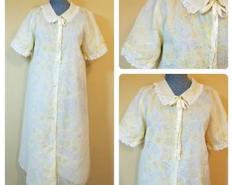 Vintage 1950s Sheer Yellow Green Floral Lace Trim Chiffon Nylon Robe Medium As Is