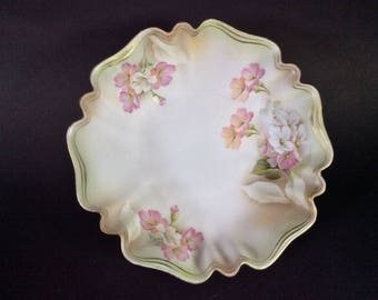 RS Prussia Footed Bowl- Roses Floral
