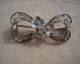 1920 Silver brooch - Bow with flowers