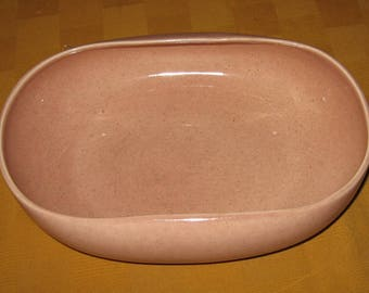 Russel Wright American Modern by Steubenville oval vegetable bowl in the Coral color