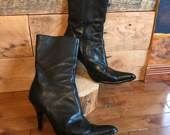 Boots woman - Georgio Armani - shoes - leather - soft boot - heels - 40 - like new - gorgeous