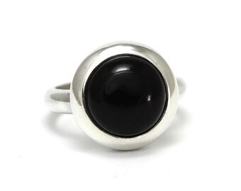 Black Onyx Ring, 925 Sterling Silver, Unique only 1 piece available! SIZE 3.75 (inner diameter 14.67mm), color black, weight 5.3g, #45848