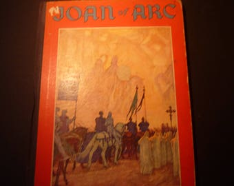 Joan of Arc - The Martyr Maid of France by Viola Ruth Lowe ill by O D V Guillonnet 1933 first ed.- Good Condition - drawings French history