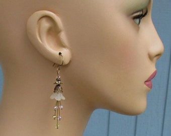 Ivory Lucite Flower Earrings, Pink and Champagne Crystals, Antique Brass Handmade Earwires, Pastel Floral Dangles