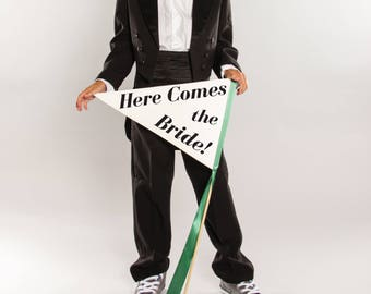 Here Comes The Bride Sign   Large Pennant Flag for Ring Bearer   Handcrafted Wedding Banner   Wedding Signage 1664 LW