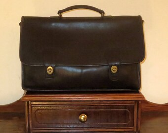 Dads Grads Sale Coach Diplomat Briefcase In Black Leather With Brass Hardware-Style No. 5170 - Made In USA- Very Good Condition
