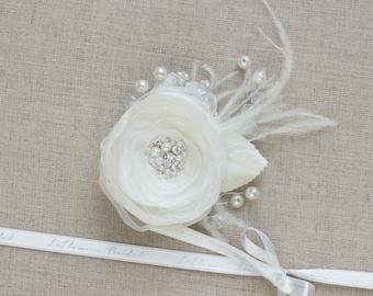 Bridal hair flower, Wedding hairpiece, Bridal hair piece, Ivory hair flower, Flower hair piece, Bridal headpiece, Wedding Flower fascinator