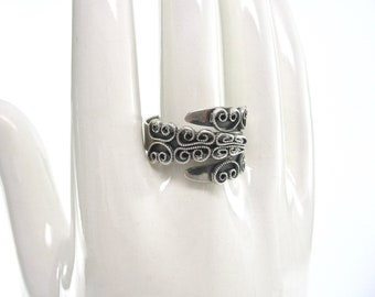Vintage BEAU Sterling Ring, Beaucraft, Size 9, Bypass, Adjustable, Silver Swirls, Made USA, 1960's, Collectible, Excellent