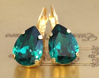 Emerald Drop Earrings,Swarovski Emerald Drop Earrings,Green Emerald Teardrop Earrings,Emerald Bridal Earrings,Bridesmaids Earrings