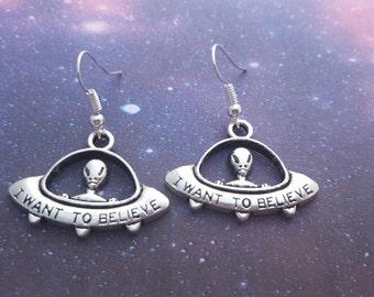 UFO Earrings, Alien Jewellery, Spaceship Earrings, Flying Saucer Jewellery, UFO Jewelry, Space Jewelry, Geeky Earrings, Alien Spaceship Gift