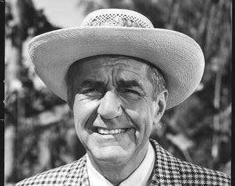 1  photograph starring  -   Jim Backus -  star of Gilligan's Island and Mister Mr. Magoo .... great for framing