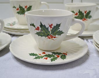 Vintage Holly Berry Dessert Set 5 Cups Saucers 8 Dessert Plates Red Green Christmas Holiday Decor PanchosPorch
