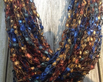 Crochet necklace - summer infinity scarf