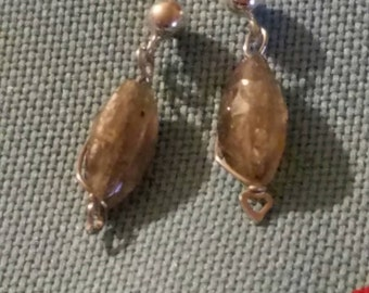 Beautiful iridescent labradorite earrings