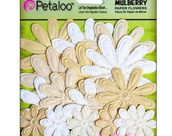 Set of 18 paper vanilla embellishment scrapbooking.* Petaloo flowers