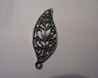 Very decorative silver metal leaf charm large