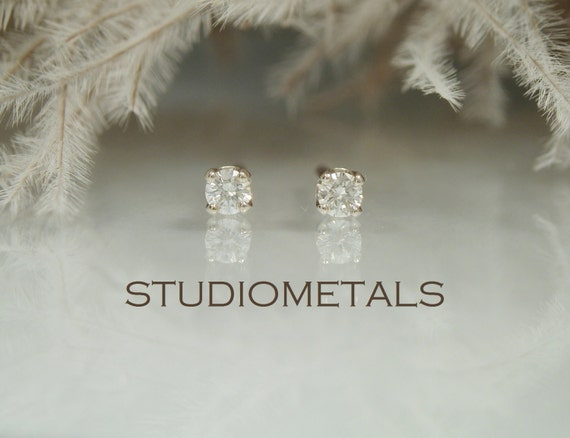what start than yellow nose stud piercings ideas beautiful set ring celebrating on with genuine in anatometal diamond better images picked classy rings piercing best to natalie way this out prong pinterest a