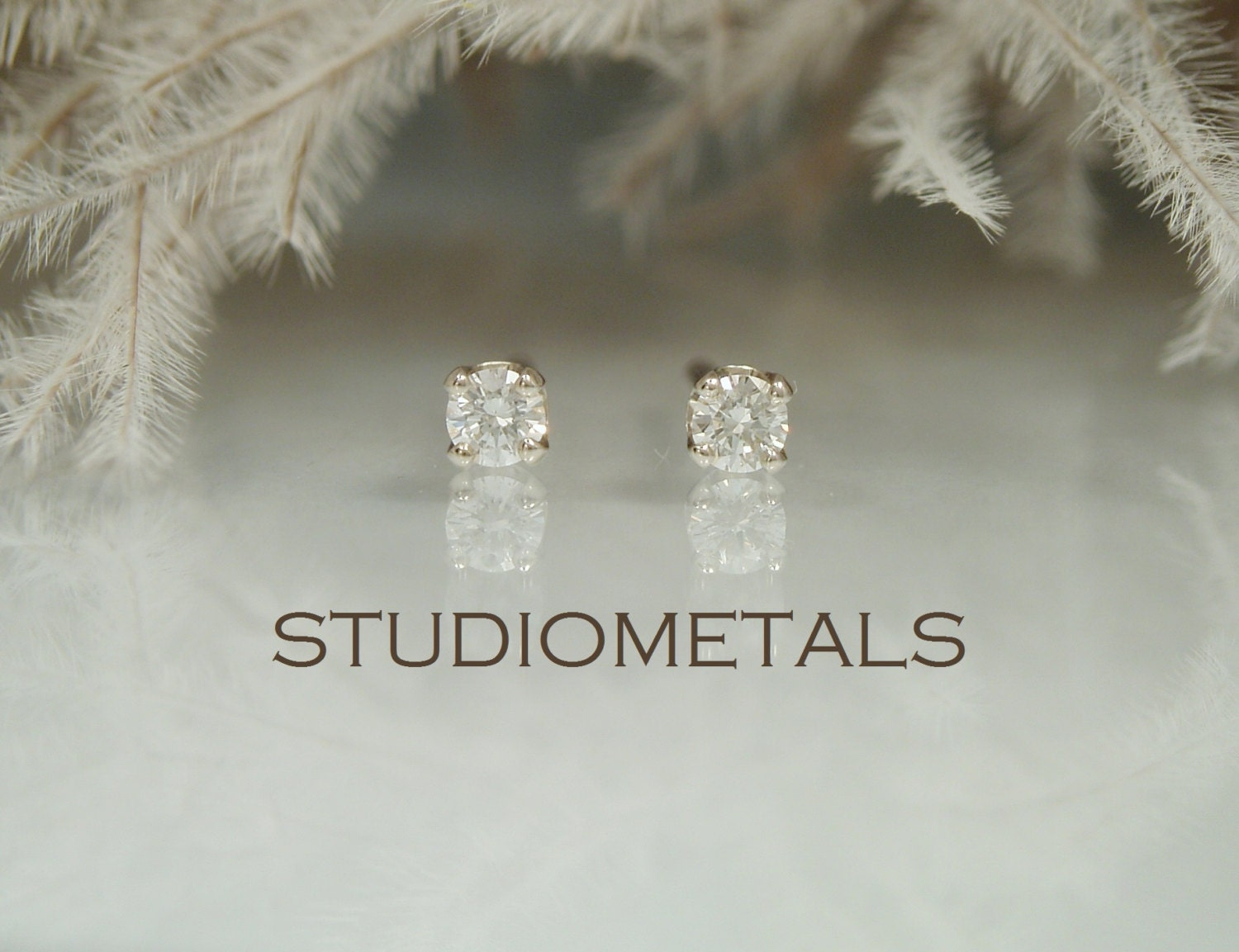 moi tone pois coin diamond small earrings roberto drop two